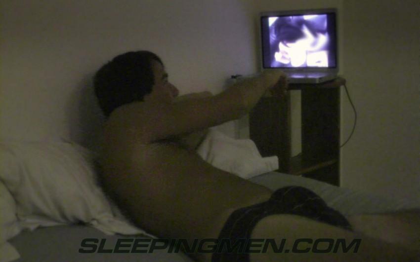 Men naked photo hidden camera